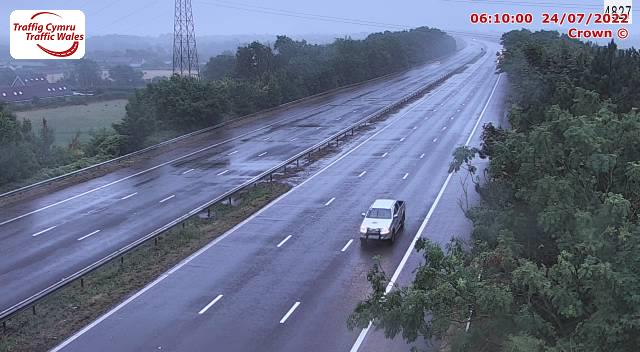 M4 westbound between junctions 37 and 38 (Pyle and Margam)
